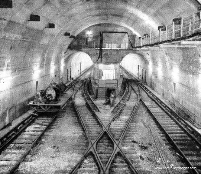From 1951 to 1958, the CTA Dearborn-Milwaukee subway ended at a stub-end terminal at the LaSalle Street station. The original plans were for an underground loop just east of the old Main Post Office, but that was given up in order to save money.